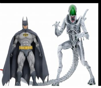 "BATMAN VS ALIEN 7"" SCALE ACTION FIGURE 2 PACK NECA"